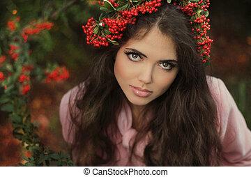 mooie vrouw, jonge, chaplet., herfst, brunette, portrait.,...