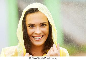 mooie vrouw, jurkje, in, regenjas