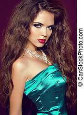mooie vrouw, juwelen, krullend, beauty., haar, avond, studio, make-up., foto, mode