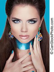 mooie vrouw, juwelen, stare., accessories., mode, make-up.