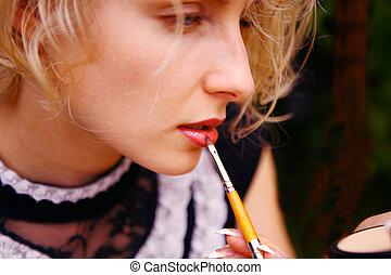 mooie vrouw, lippenstift, het putten, sexy, het glanzen