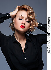mooie vrouw, met, avond, make-up., juwelen, en, beauty., mode, foto