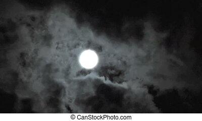 Moon cloud time lapse