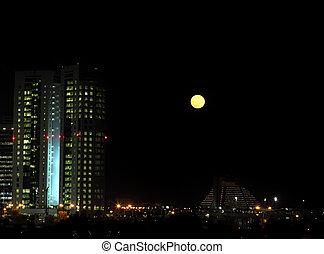 moonrise, doha