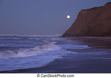 moonset, an, halbe mond bucht