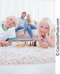 moquette, jouer, enfants, mensonge, échecs
