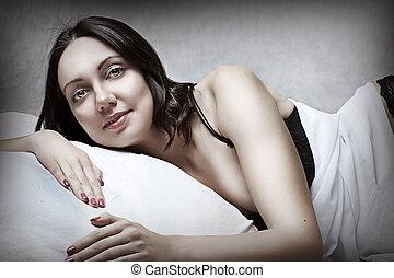 morena, mulher, cama, excitado, retrato