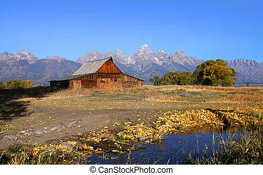 Mormon barn - Mormon row barn in Grand Tetons national park