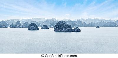Morning at Ha Long Bay. Vietnam