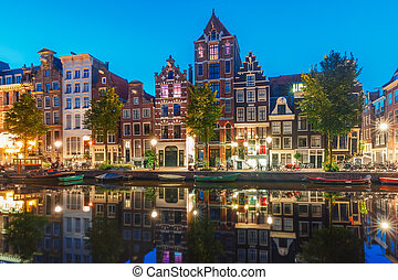 Morning city view of Amsterdam canal Herengracht - Amsterdam...