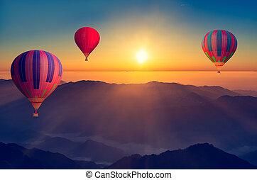 Morning flight of the three hot air balloons.