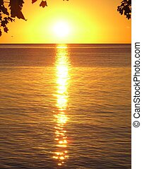Morning Light - Early Morning in Lake Ontario near by ...