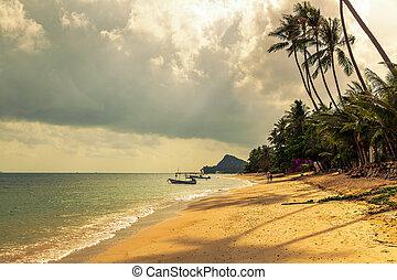 Morning on the beach of Bang Po. Samui Island. Thailand.
