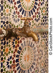Moroccan tap