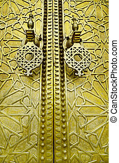 Morocco, Fez, door of kings palace with chiseling
