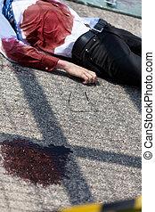 mort, homme, après, accident voiture