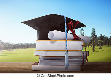 mortarboard, en, afgestudeerd, boekrol, met, stapel, van, boek