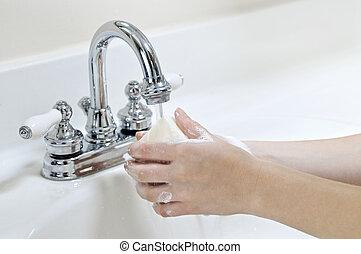 mosakszik kezezés