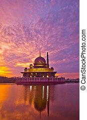 moschea, putra