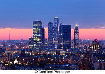 moscou, soir, russie, gratte-ciel, complexe, moscou, ville bâtiments