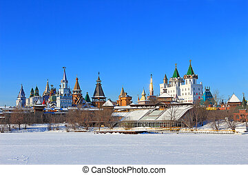 Moscow landscape. Kremlin in Izmailovo. - Moscow winter...