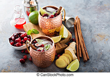 Moscow mule cocktail with ginger and cranberry - Winter ...