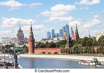 Kremlin, embankments, skyscrapers, Moscow City