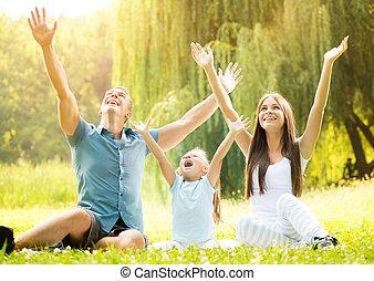 mosolygós, külső, család, boldog