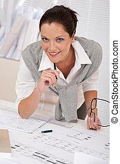 mosolygós, női, építészmérnök, noha, alaprajzok