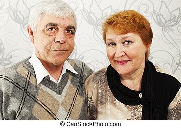 mosolyog, öregedő, pár
