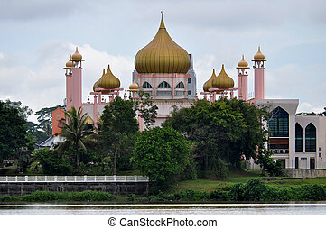 Mosque in Kuching, Borneo - Pink mosque in Kuching, capital ...