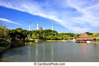 Mosque & Lake