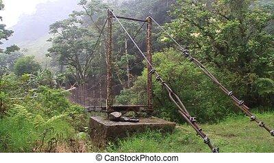 most, kaldera, na, rzeka, zawieszenie
