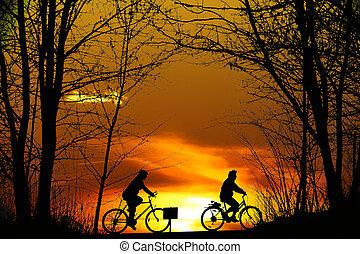 motard montagne, silhouette, deux, coucher soleil