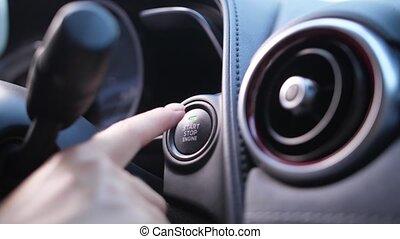 moteur, voiture, bouton, femme, urgent, doigt, commencer