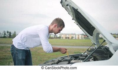 moteur voiture, voiture., regarder, réparation, homme, cassé