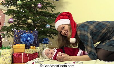 mother infant christmas
