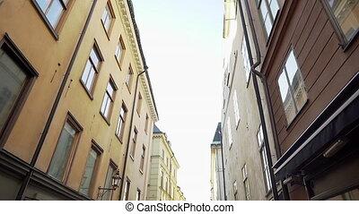 motion., scandinave, lent, concept., steadicam, streets., winter., maisons, vieux, façades, bâtiment, rues, appartement, stockholm, coup, voyager, secteur, ville, étroit