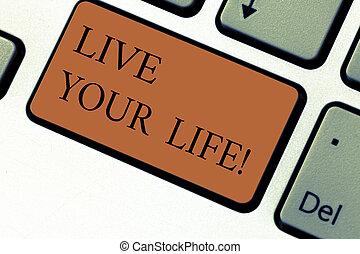 motiváció, fénykép, computer billentyűzet, követ, üzenet, -e, teljesít, alkot, írás, intention, él, szöveg, fogalmi, ügy, kiállítás, kéz, kapu, kulcs, álmodik, ihlet, idea., life.