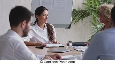 motivé, project., briefing, employés, femme affaires, millennial