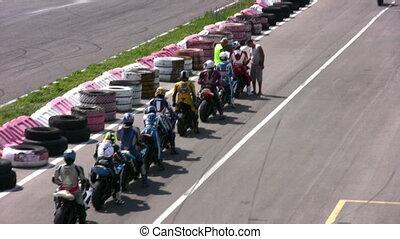 moto start convoy