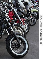 motobikes, row.