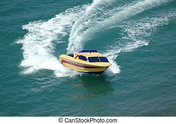 Motor boat making a turn in the sea
