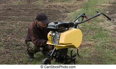 Motor cultivator