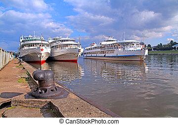 motor, hajó, képben látható, móló