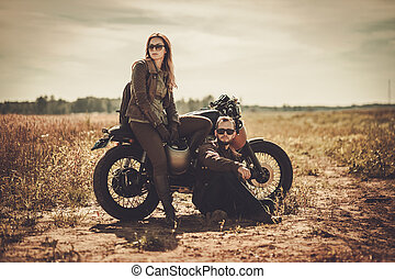 motorbiciklik, szüret, párosít, szokás, mező, versenyfutó, elegáns, kávéház