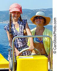 motorboat., fille, elle, mère