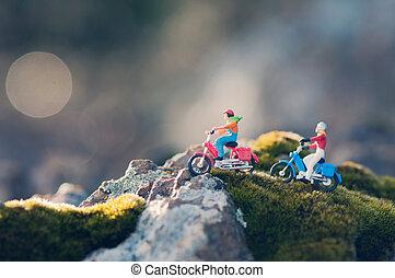 motorcycles, okolica, rocznik wina, para, miniatura, przez, podróżowanie, świt