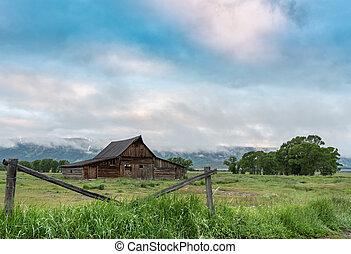 Moultrie Barn in Morning