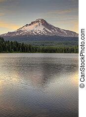 Mount Hood at Trillium Lake 2